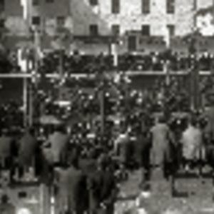Martín - 1920 - Celebración de un acto en la plaza de una localida.pdf